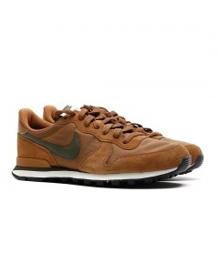 NIKE--Internationalist-braun-631754-203_4